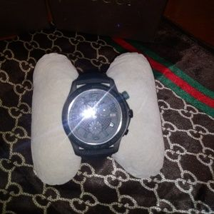Gucci mens blk face and band